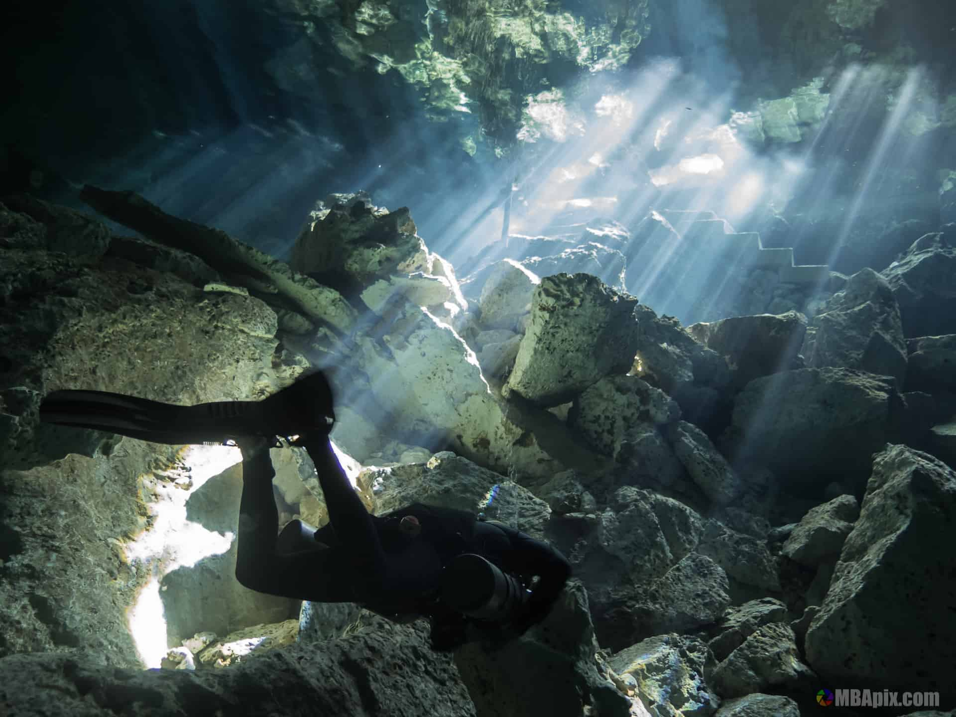 backlight cenote