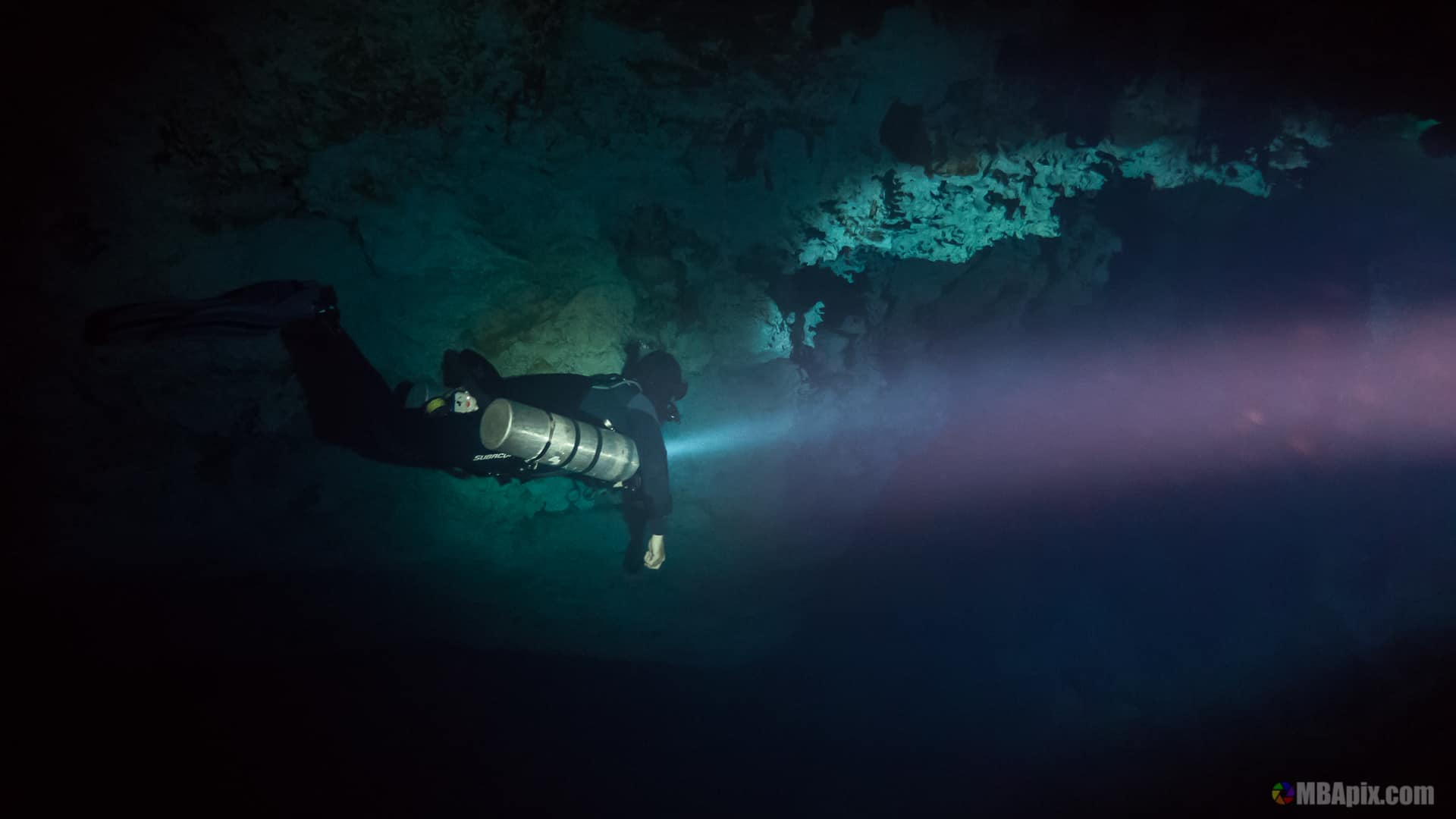 Cenote Diving guide